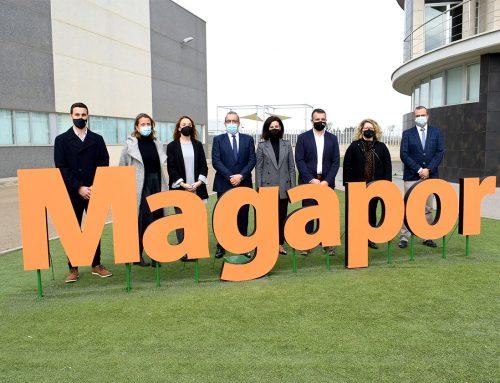 Maru Díaz, Consejera de Ciencia, Universidad y Sociedad del Conocimiento del Gobierno de Aragón, visita Magapor